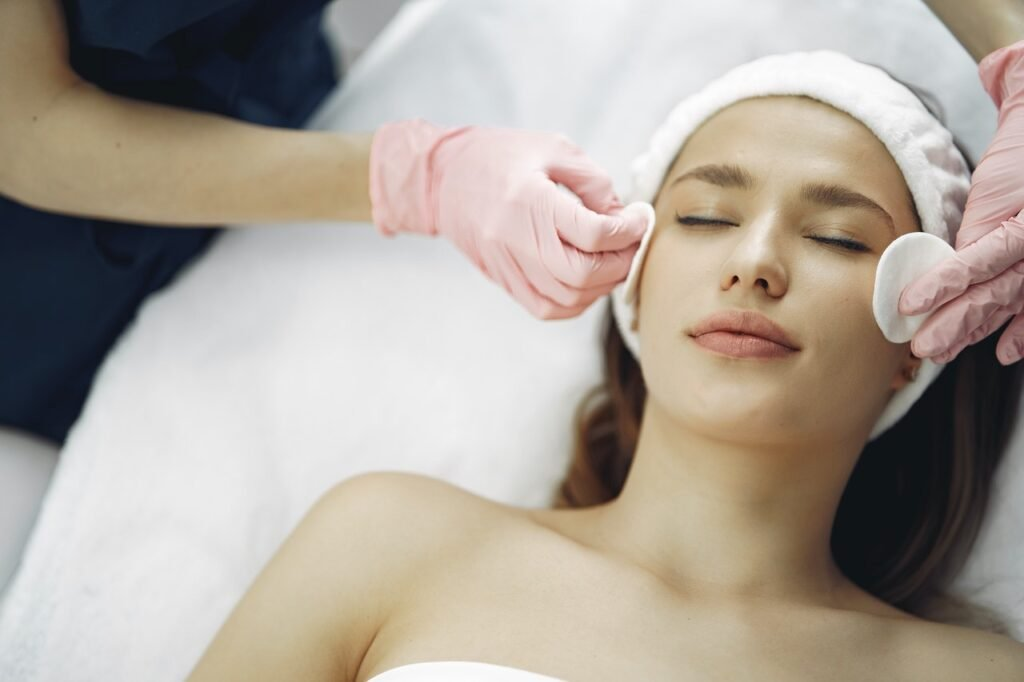 Tricks And Tips On How To Go About Cosmetic Surgery